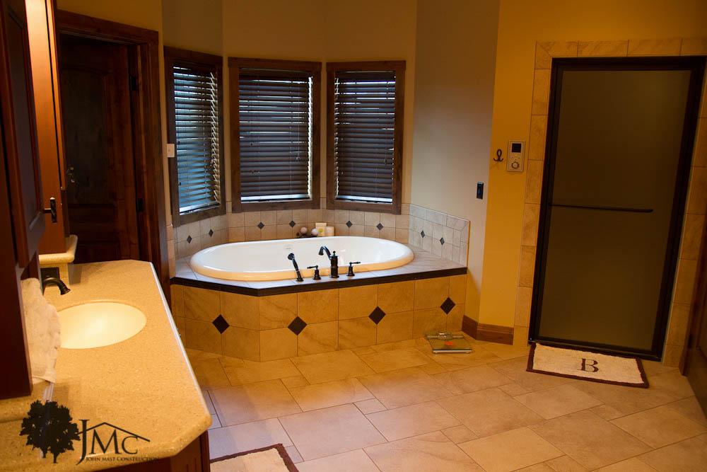 Hot Tub In Bathroom Bremen Indiana John Mast Construction