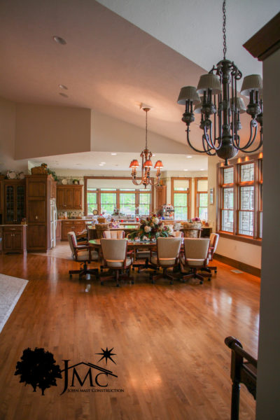 Large dining room kitchen in Bremen, Indiana